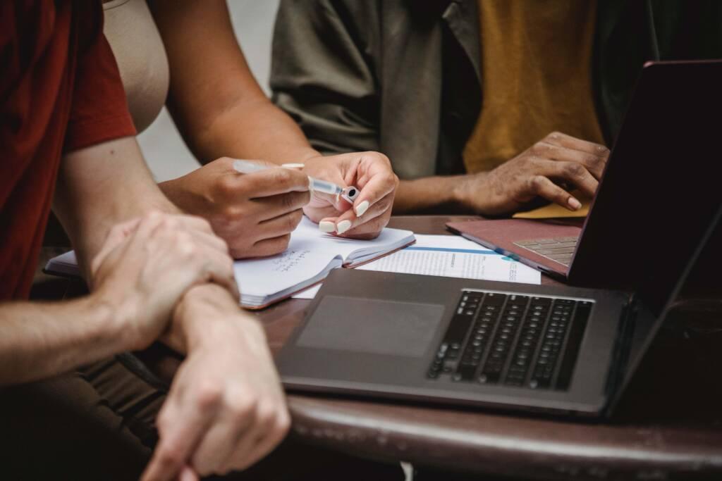 , Le numérique, un levier stratégique pour devenir INCONTOURNABLE auprès des clients !